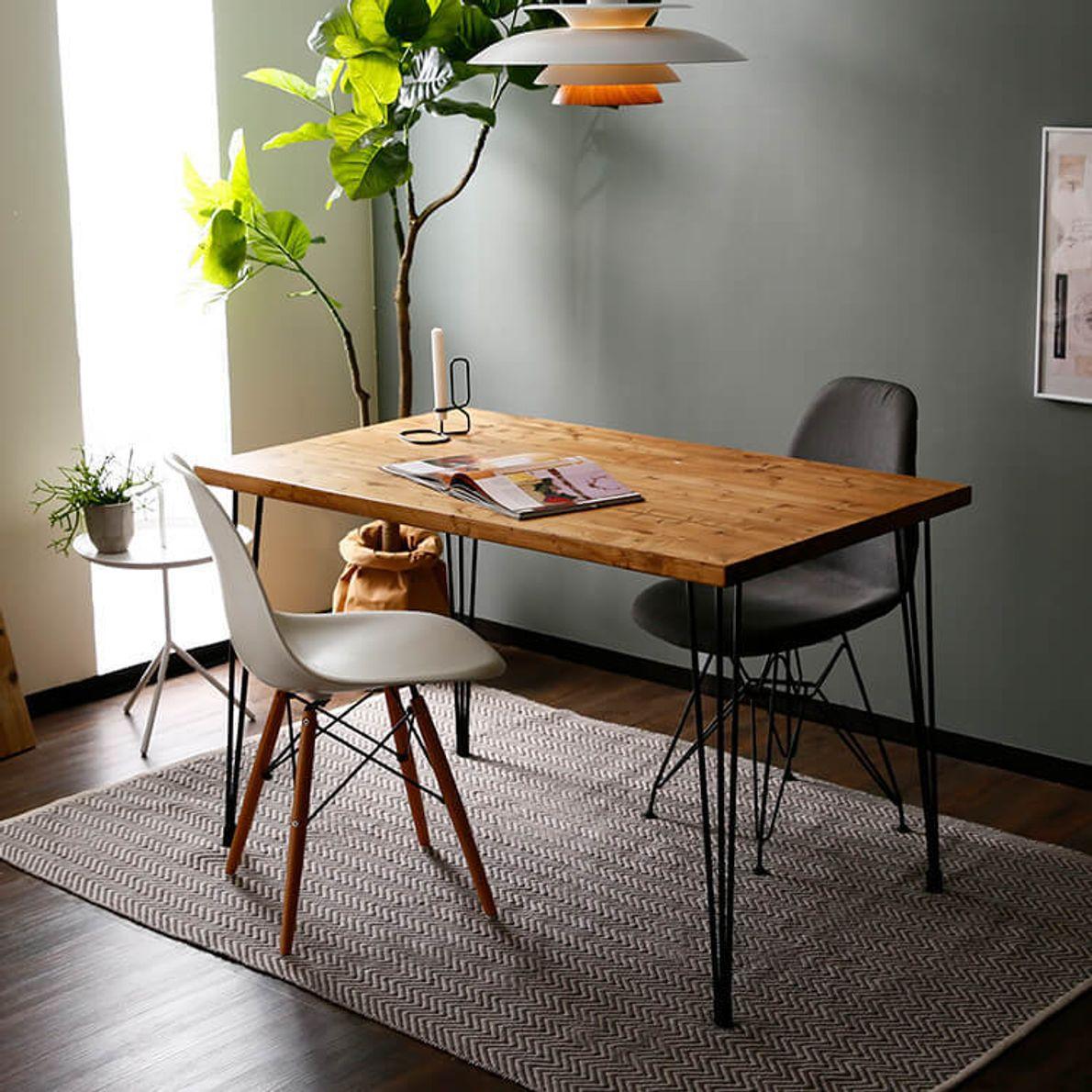 暮らしに寄り添う無垢テーブル